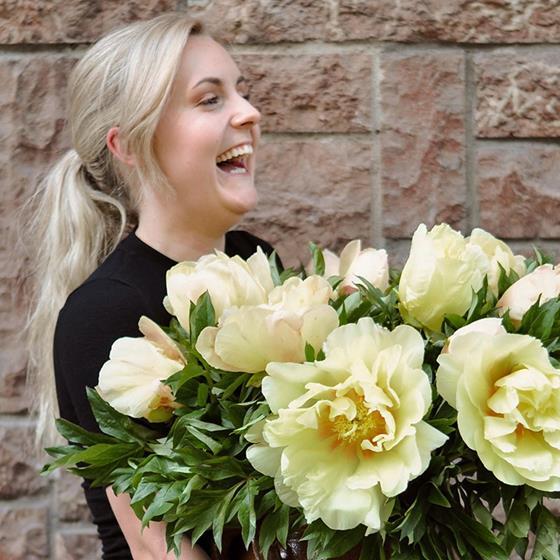 Möt våra florister - Sarah Angelsiöö